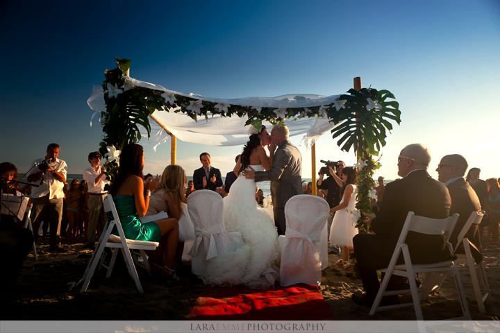 Gazebo Matrimonio Spiaggia : Matrimonio sulla spiaggia con chiara sirena perfetta
