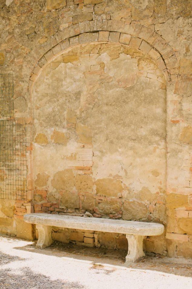 panchina antica toscana