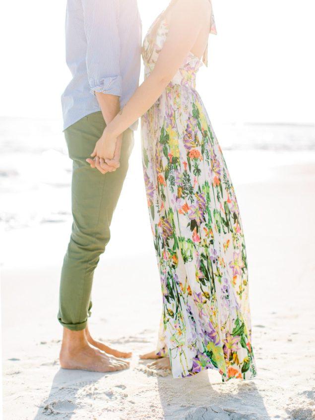 engagement foto sulla spiaggia
