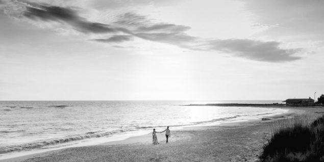 fotografie di coppia sulla spiaggia