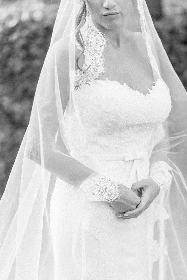 dettagli abito da sposa barone rosso