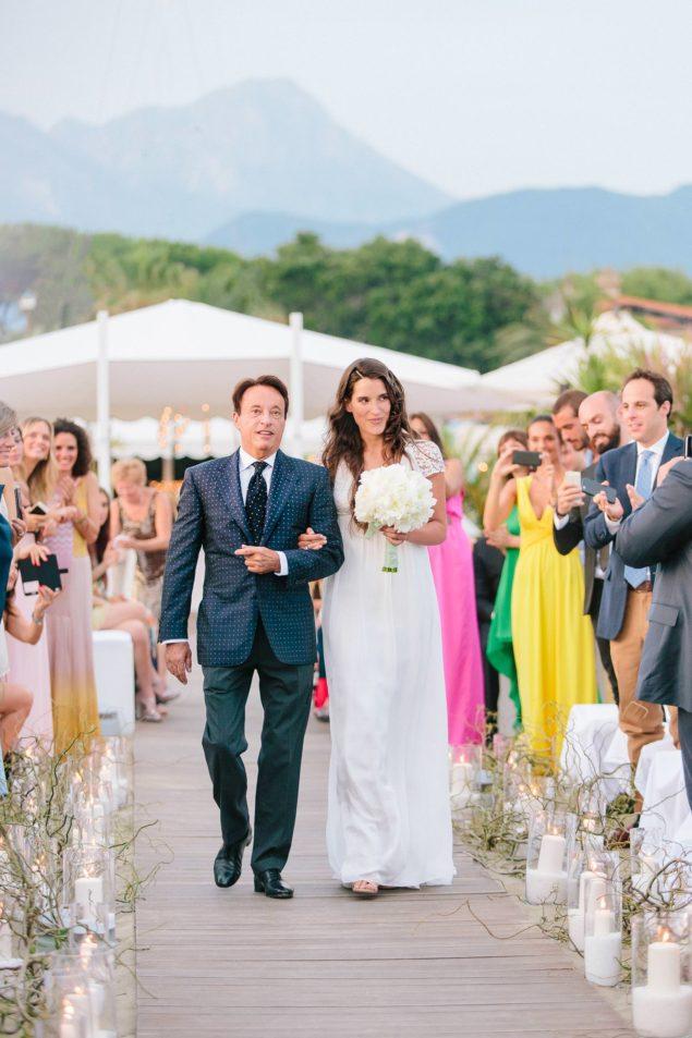 ingresso sposa cerimonia spiaggia