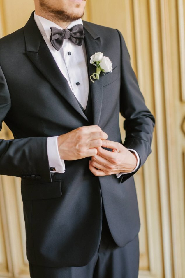 abito elegante da sposo