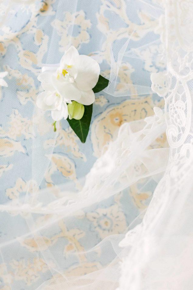 bottoniera sposa
