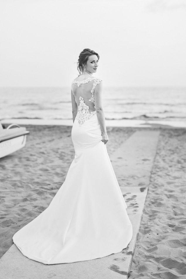 bellissima sposa spiaggia