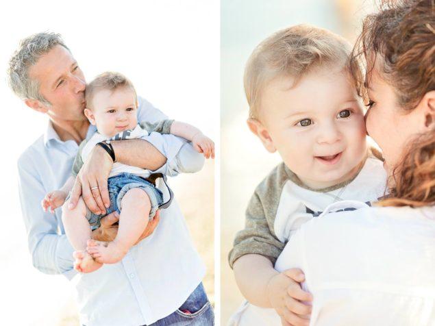 fotografie genitori e bambini in spiaggia