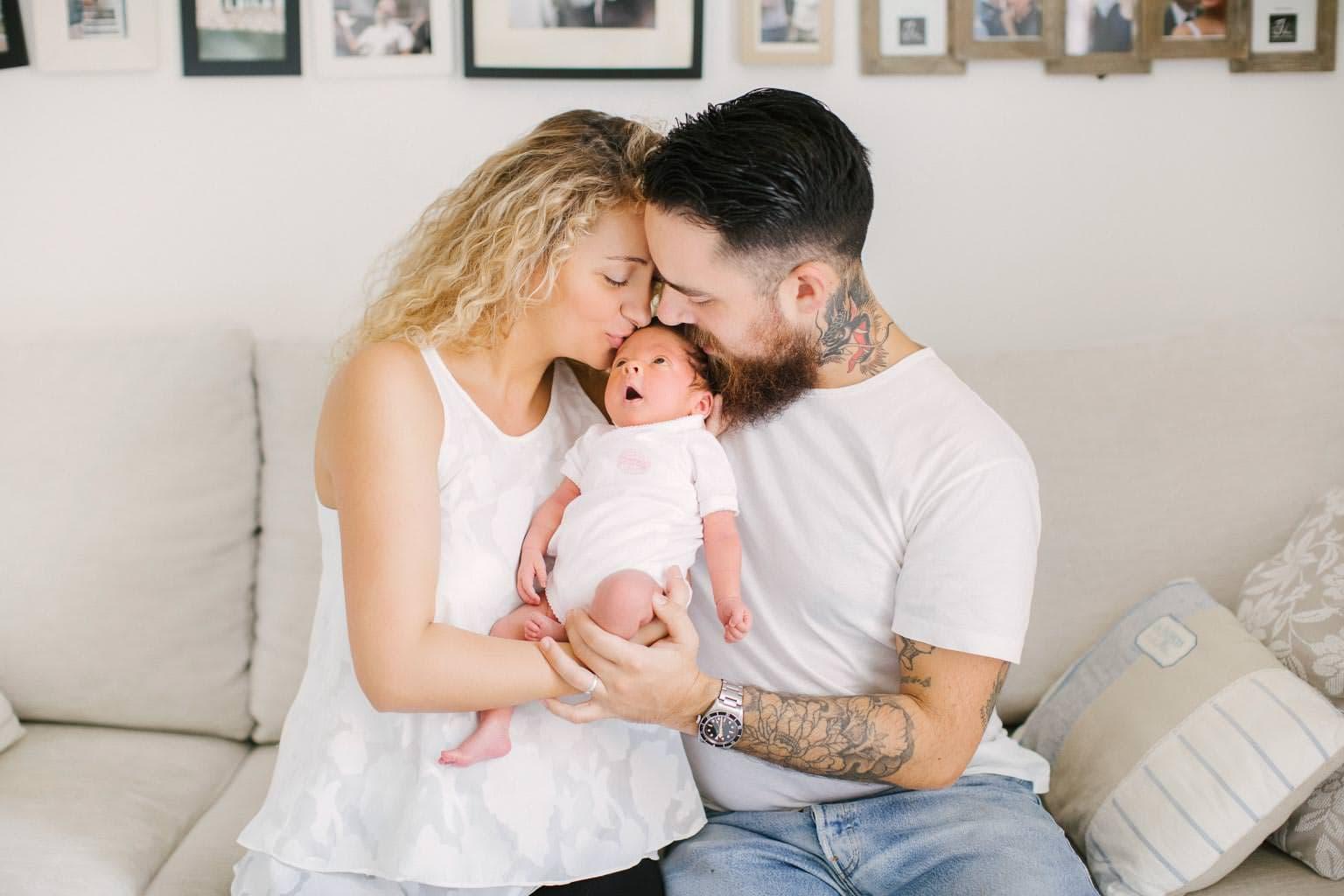 servizio fotografico famiglia casa neonata