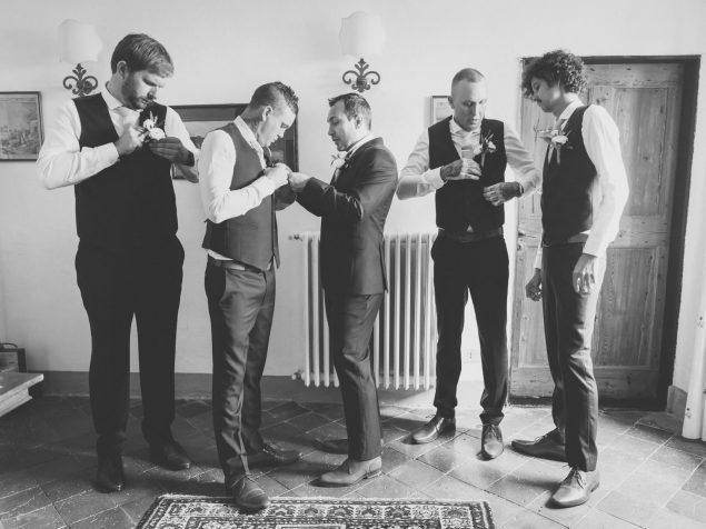 sposo e testimoni abiti nozze